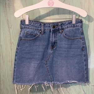 Pacsun mini jean skirt size 23
